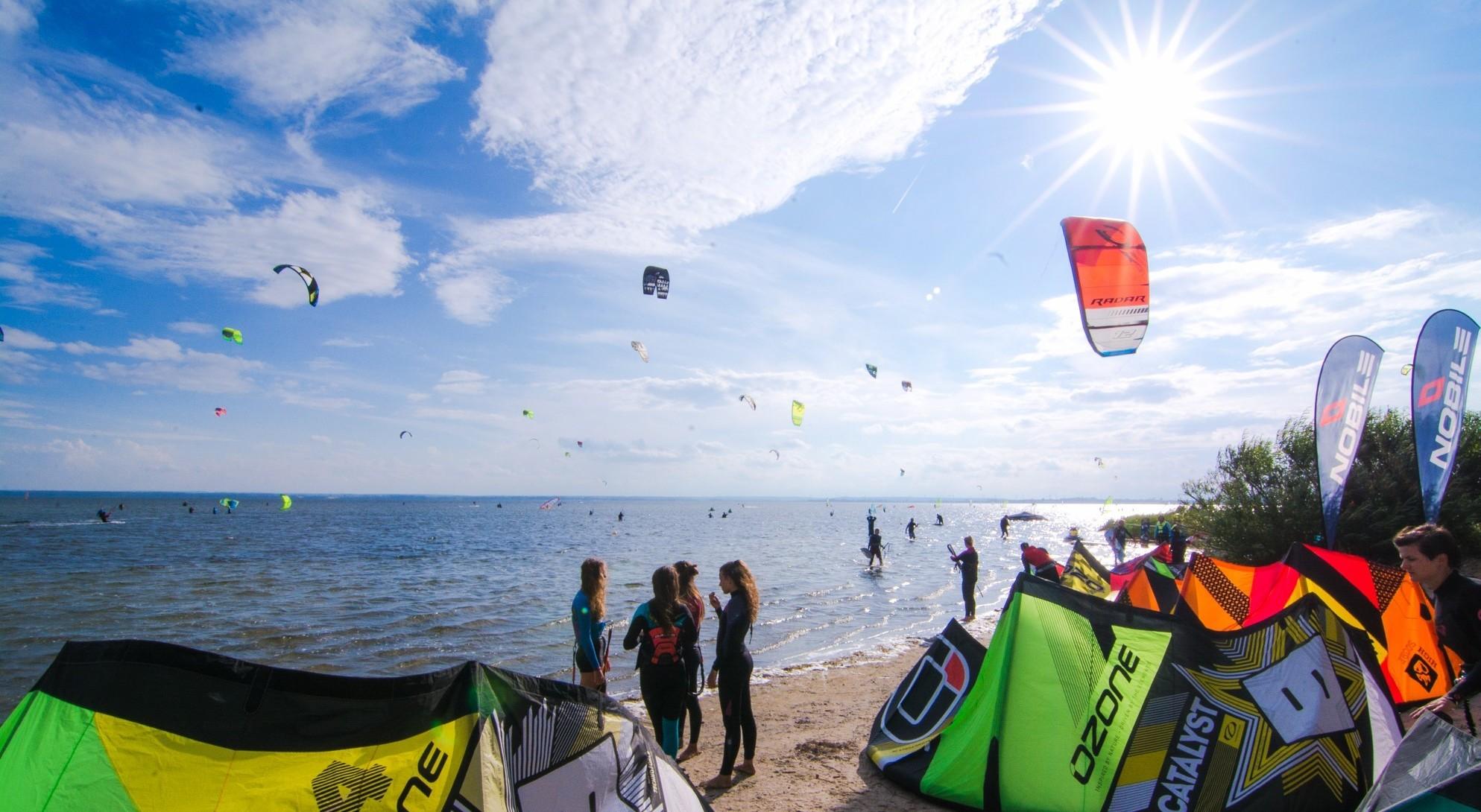 kitesurfing-chalupy-6-szkoła-Kitecrew-szkolenia-kursy-kitesurfingowe-obozy