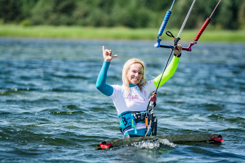kitecrew.pl-szkoła-kitesurfingu-queen-of-hel-chalupy-6-1