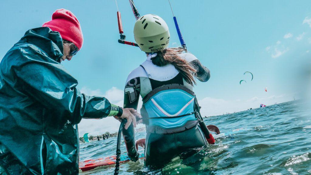 promocja na kurs kitesurfingu taniej z noclegiem